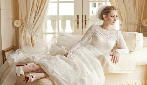 yourperfectwedding:  Gown & Veil: Monique Lhuillier from Mark Ingram Atelier, New York