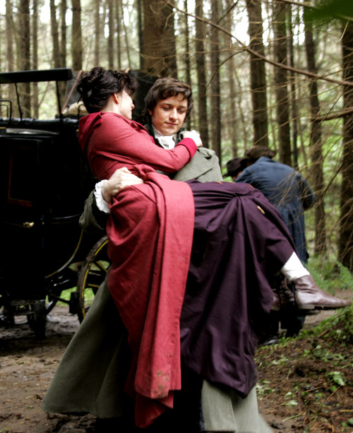 I have never tried to imagine what it would feel like to be in Anne's place. Nope… Never… *swoons-quietly-in-corner*