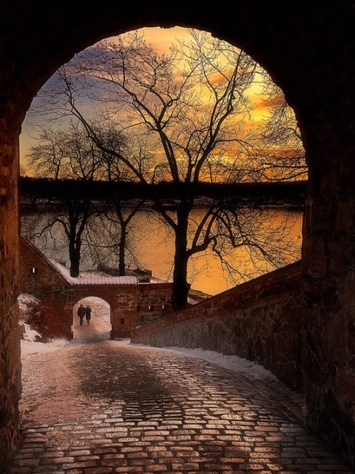 Winter Sunset, Akershus Castle, Oslo, Norway photo via eric