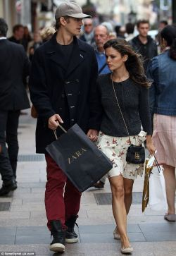 elizabethswardrobe:  Hayden Christensen and Rachel Bilson in an Isabel Marant 'Maya' skirt and Chloe 'Elise' bag in Cannes.