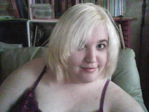 okay i think that's blond enough now for bloo