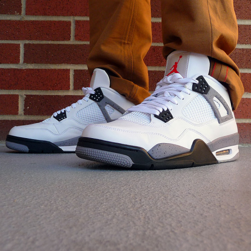 sneakerspics:  http://sneakerspics.tumblr.comAll Sneakers fan welcome !