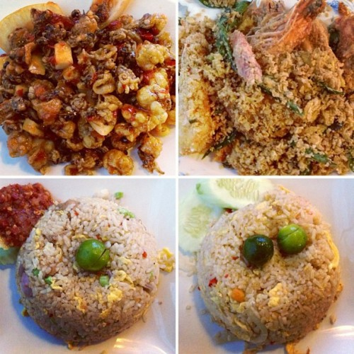 Belacan Fried Rice, Tom Yum Fried Rice, Thai Squid and Cereal Prawn! Dinner with Badrul just now! ☺ (at Magic Wok Restaurant)