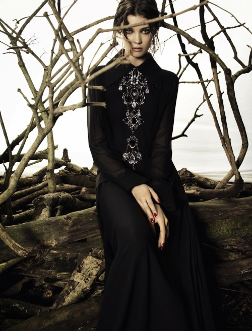 "stormtrooperfashion:  Diana Moldovan in ""Boho Dark"" by Henrique Gendre for Vogue Brazil, May 2013"