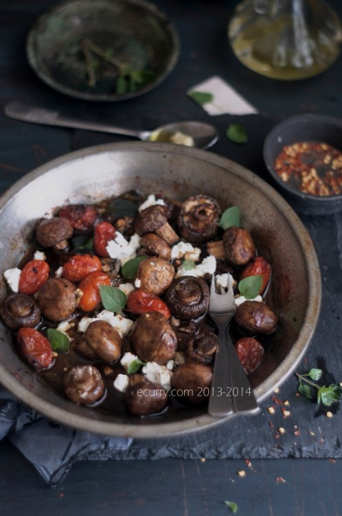 Balsamic Roasted Mushrooms with Goat Cheese by eCurry