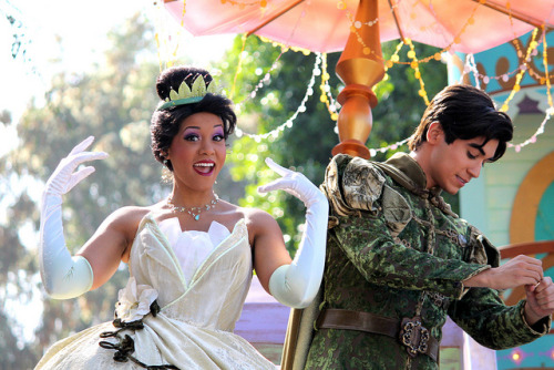 shenerdist:  princessofpyke:  disneyendlessmagic:  Tiana and Naveen-Disney Parks Christmas Day Parade 2012 by snow1937white on Flickr.  Omg fave pic of Tiana ever!!  My fav Naveen and Tiana you guys!