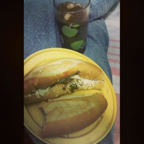 Hay hambre #likeforlike #photography #iphonesia #instalike #photo #jj #tbt #webstagram #cocacola #apple