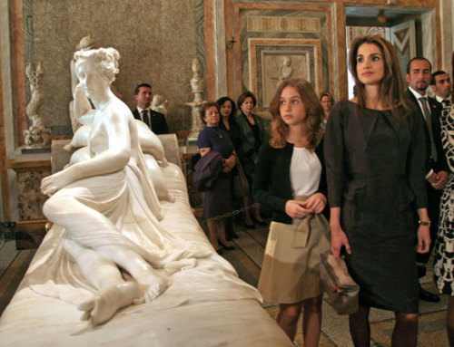 royalwatcher:  Queen Rania and her daughter Princess Iman in Rome, 2009