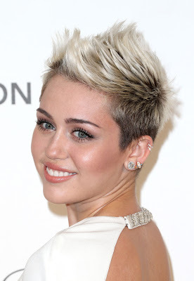 (via Miley Cyrus Hot at Elton John AIDS Foundation Party in Hollywood- 8 Pics)