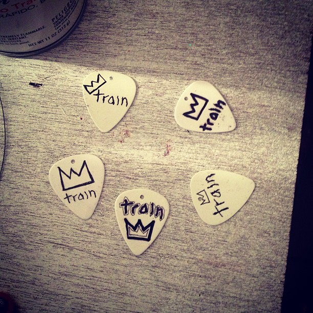 Wanna get your hands on a one of a kind @train logo guitar pick designed and drawn by Jerry Becker? Email me CharlotteNagy96@gmail.com to find out how you can get a pick AND support @seabrightrising! Much love and thanks to @djsoffrock #train #guitarpick #hurricanesandy #seabright #seabrightrising #charity #goodcause #jerrybecker