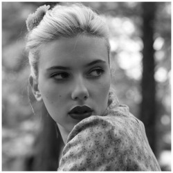 retroadv:  Scarlett Johansson Photographic Collection 3 […more Images]