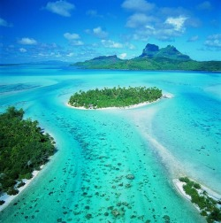 illusionwanderer:  Tahiti, French Polynesia