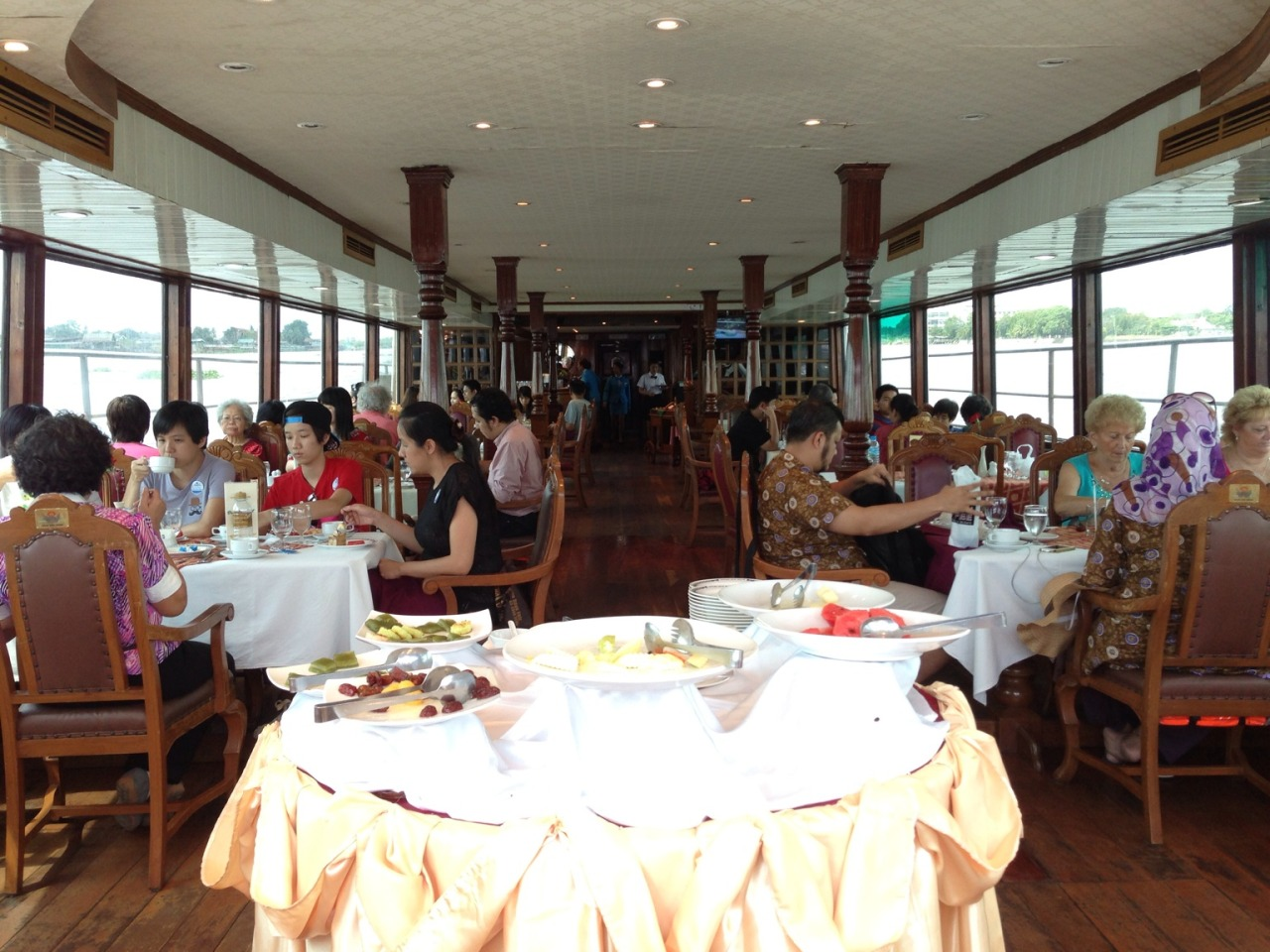#BKKTrip #Day3 Hopped in to River Sun Cruise and had a nice lunch :-9 – View on Path.