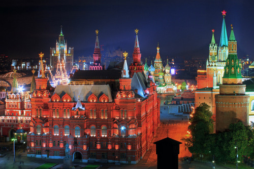 Heart of Moscow ♦ Moscow, Russia | by b80399
