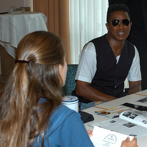 "#fromthevault #ODJF #berlin2005 #jermainejackson #didyouknow  …that we asked Jermaine if he liked his father's birthday party? …and he answered by saying ""yeah""? We then wished him a good night? …and he again answered with ""yeah""? And then elevator doors closed? …and we asked Jermaine the next day if we could do an interterview with him? …and you can probably guess his short reply to that question? @jermainejackson5"