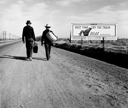 arrestomomentum:  Dorothea Lange - On the Road Toward Los Angeles, California (1937)