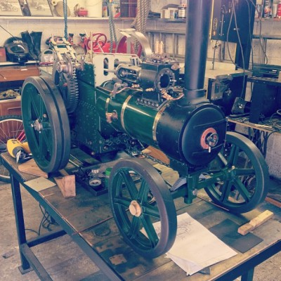 I'm in love @lucieb1992 grandpa has got some skills! #tractionengine #steam #coal #engineering #beautiful #amazing #instagood #instagreat #jj_forums #instagramdaily #instafamous #igers #ipopyou  #iphonesia #webstagram #bestoftheday  #ahahahaCheah #igdaily #tweegram  #instamood #photooftheday #ignation #igaddict #primeshots #instadaily #instagram_underdogs #towic