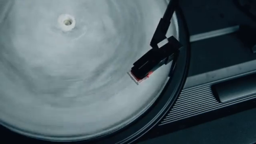 "Ice Is The New Vinyl, You Guys!Some are understandably calling hoax on this, but I think it's for real and HOLY SH*T!!! Shout Out Louds sent out 10 molds to press and fans with which they could make an ice copy of their new single ""Blue Ice."" Fans had to pour water into the mold, let it freeze for 6+ hours and then quickly get it onto a turntable to hear the new track. Source: Uproxx"