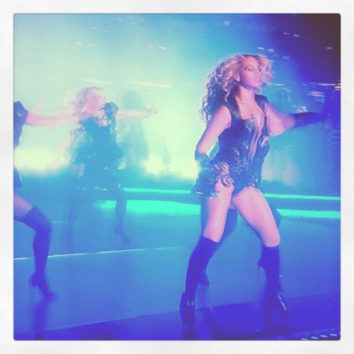 Beyoncé performing at #SuperBowl47. #SuperBowl #SB47 #SBXLVII #Beyoncé #harbowl #halftimeshow