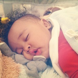 spiffysqueen:   Long day for the king. @KingCairo  awhh  fysok