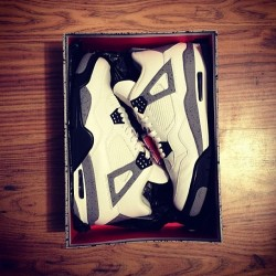 aaronvale:  aaronvale:  FOR SALE: White/Cement 4's | UK9/US10 Worn a couple of times, really good condition. Email me with offers if you're interested. #jordans #cement4 #forsale  NEED THESE GONE