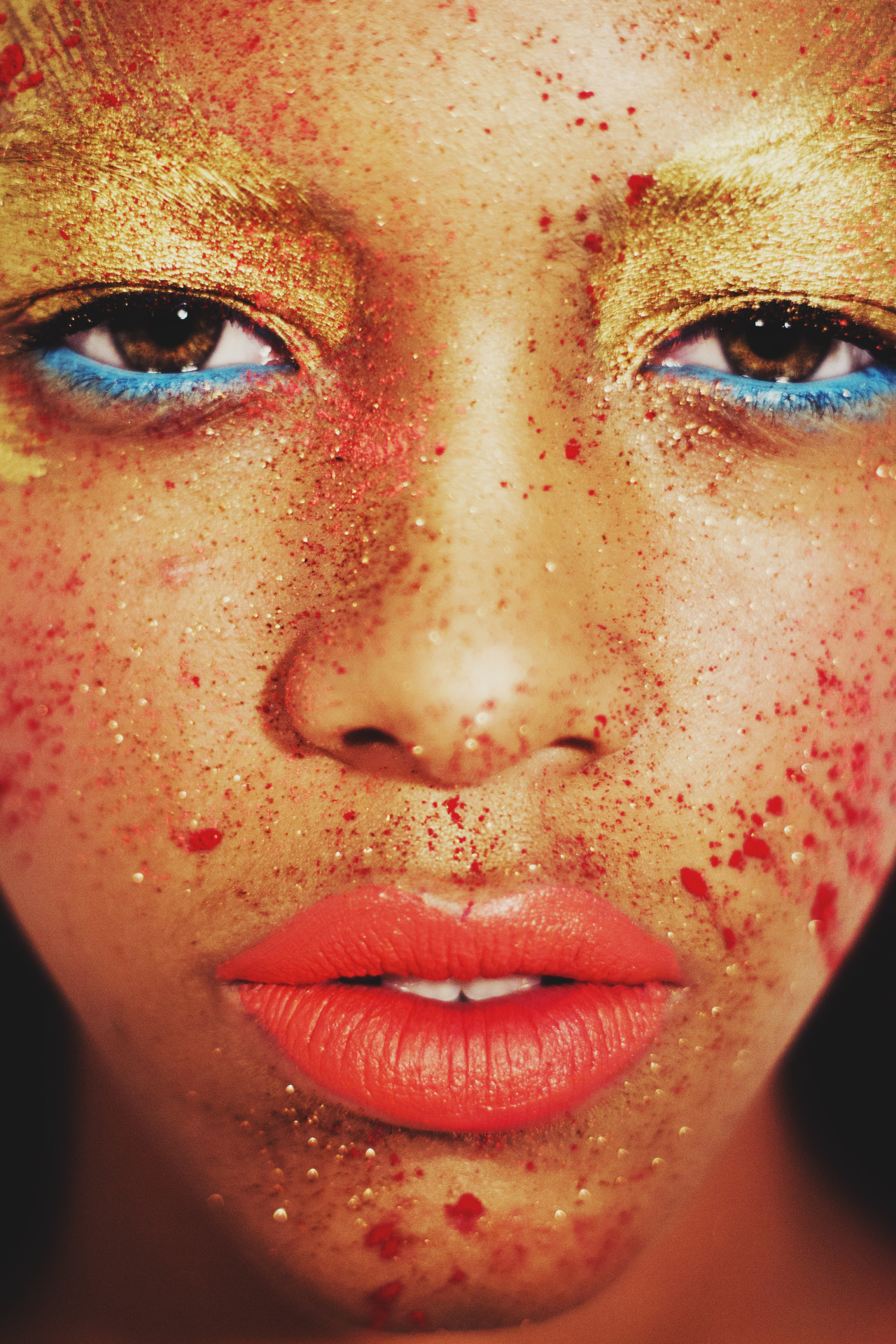 blackandkillingit:  diliaoviedophotography:  Scarlet - Ossygeno Models Management & IMG WorldwideMakeup - Eliotte CasimiroBy Dilia Oviedo   Black Girls Killing It Shop BGKI NOW