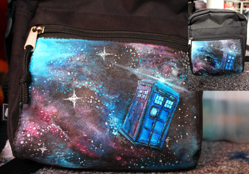 kloofcat:  Hand Painted TARDIS bag for myself. Acrylic paints on a plain black fabric bag.