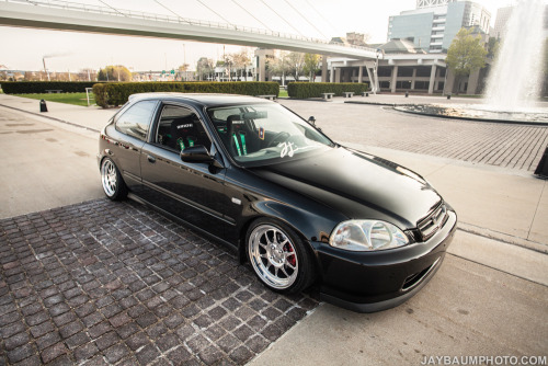 upyourexhaust:  Dannie's Civic by Jay Baum