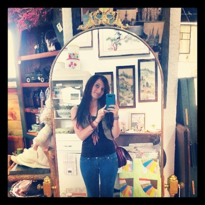 I want this mirror!!!!#mirrors#mothersday#antiques