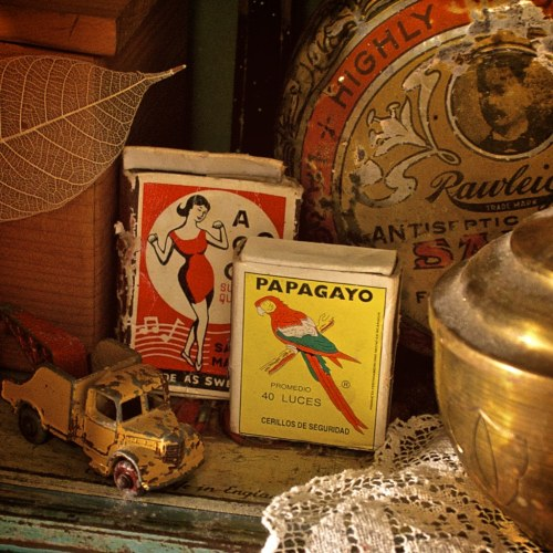 Random vintage tins, matchboxes and toy cars just seem to gravitate towards me at this point.