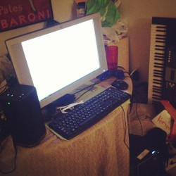 Time for music tho! Let's goo! Little set up with J Bangz;) #LoCALI4NIA #TDT #BANGBANG  #INSTAGANG