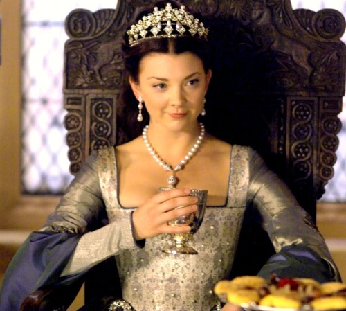 Watching the Tudors. New crush!