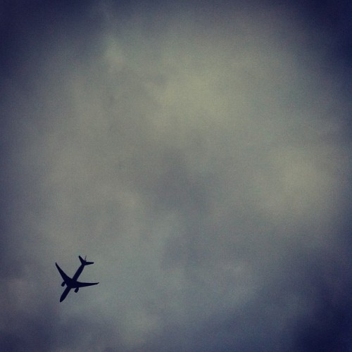 #plane #sky #clouds #latergram #soboredatwork