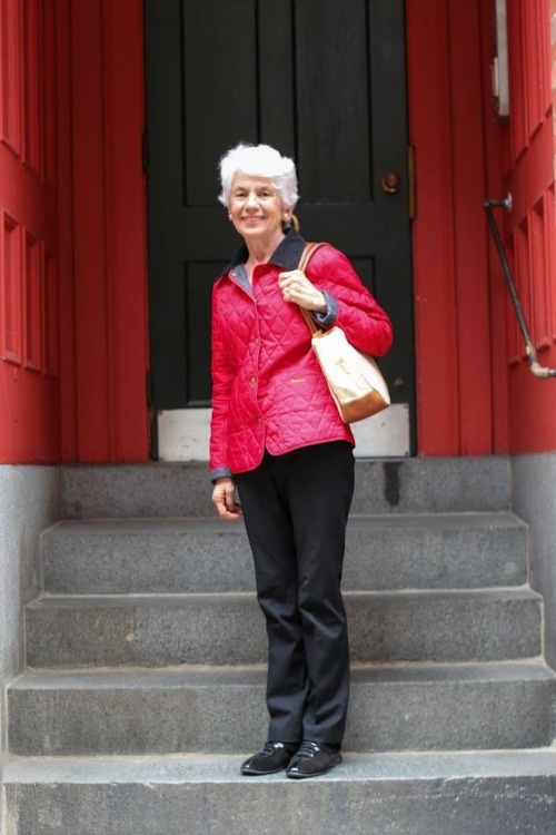 "humansofnewyork:  ""My husband died a month ago. I sometimes wish that I'd focused less on the fact that he was dying, and more on the fact that he was still alive.""  (Boston, MA)"