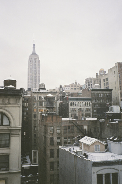 hellanne:  NYC (by theBWproject)