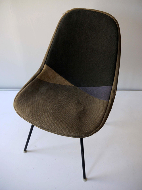 lartichaut:     1953 ORIGINAL RARE DKX-1 HARLEQUIN D WIRE SHELL CHAIR.