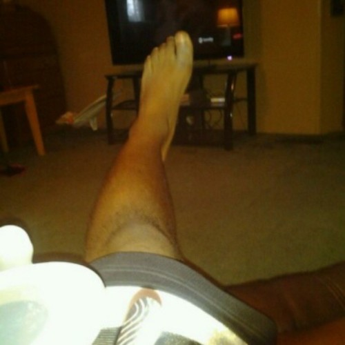 When He Sends You A Pic Of His Foot.. #MadeMyNight #Lmao #Dionte @diontefindley