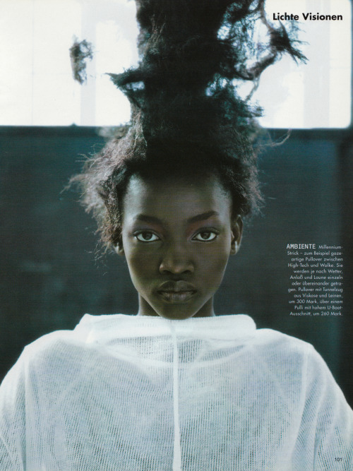 commedesrei:  'Lichte Visionen' Vogue Germany January 1999 photographed by Ruven Afandor