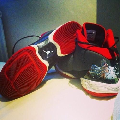 Uploading again ✌️ #AirJordans #Nike #M10 #JordanM10 #RedandBlack #creps #kicks #Shoes