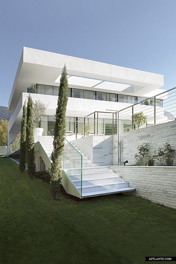 justthedesign:  Outside House M Monovolume Architecture Design