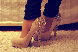 magnetic-fate:  high heels | Tumblr on We Heart It. http://weheartit.com/entry/51036560/via/nikske1999