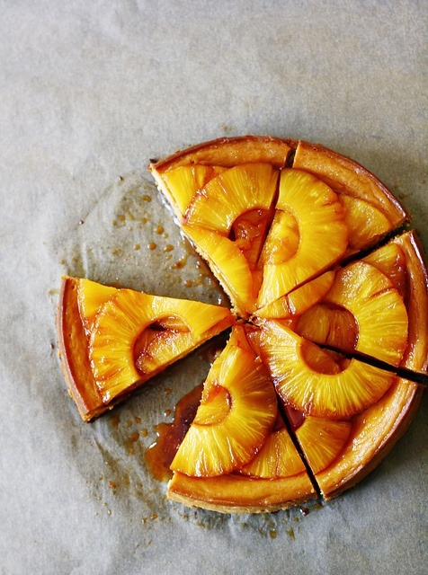 intensefoodcravings:  Caramelised Pineapple Cheesecake