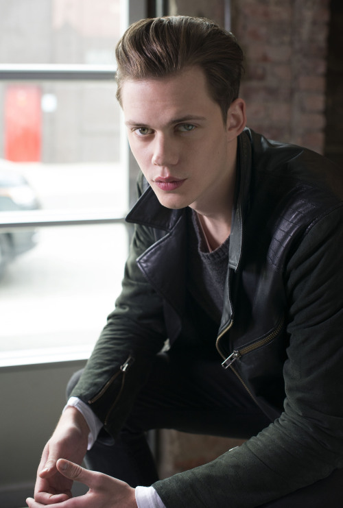 bohemea:  Bill Skarsgard in Hemlock Grove