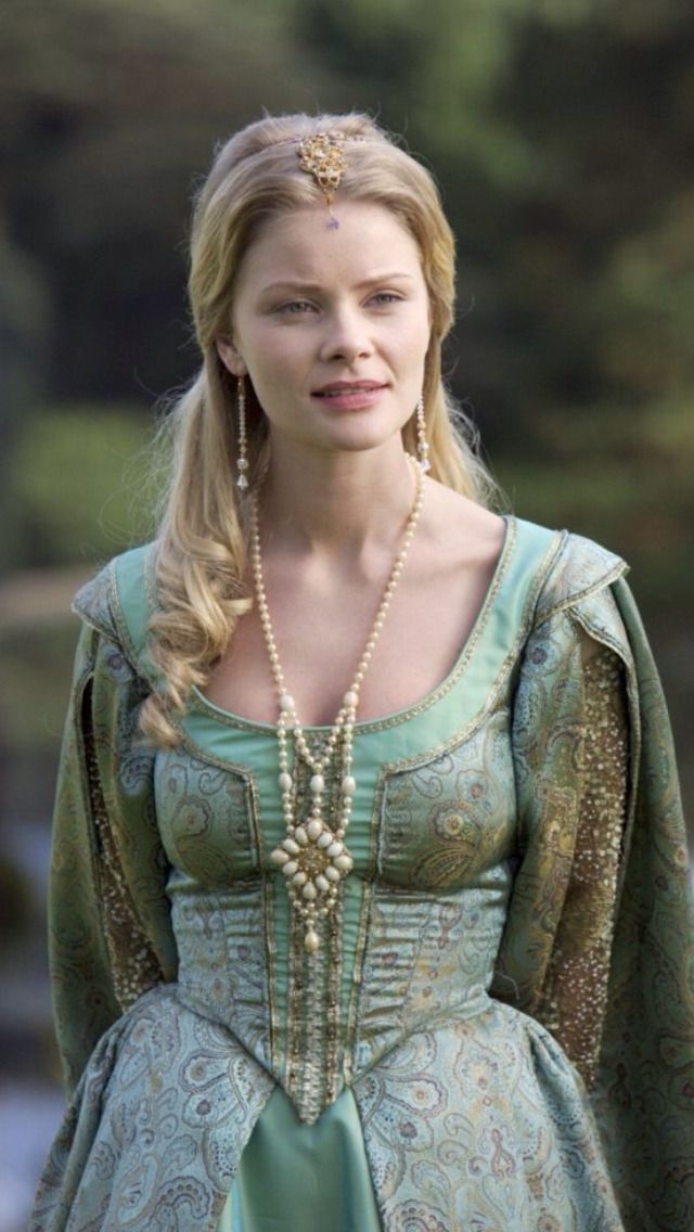 "medievalandrenaissancecostumes:  Jane Seymour (portrayed by Anita Briem) in season 2 of ""The Tudors"""