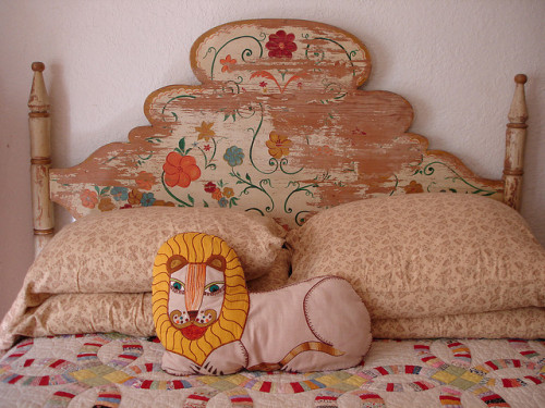 (via our bed | Flickr - Photo Sharing!)