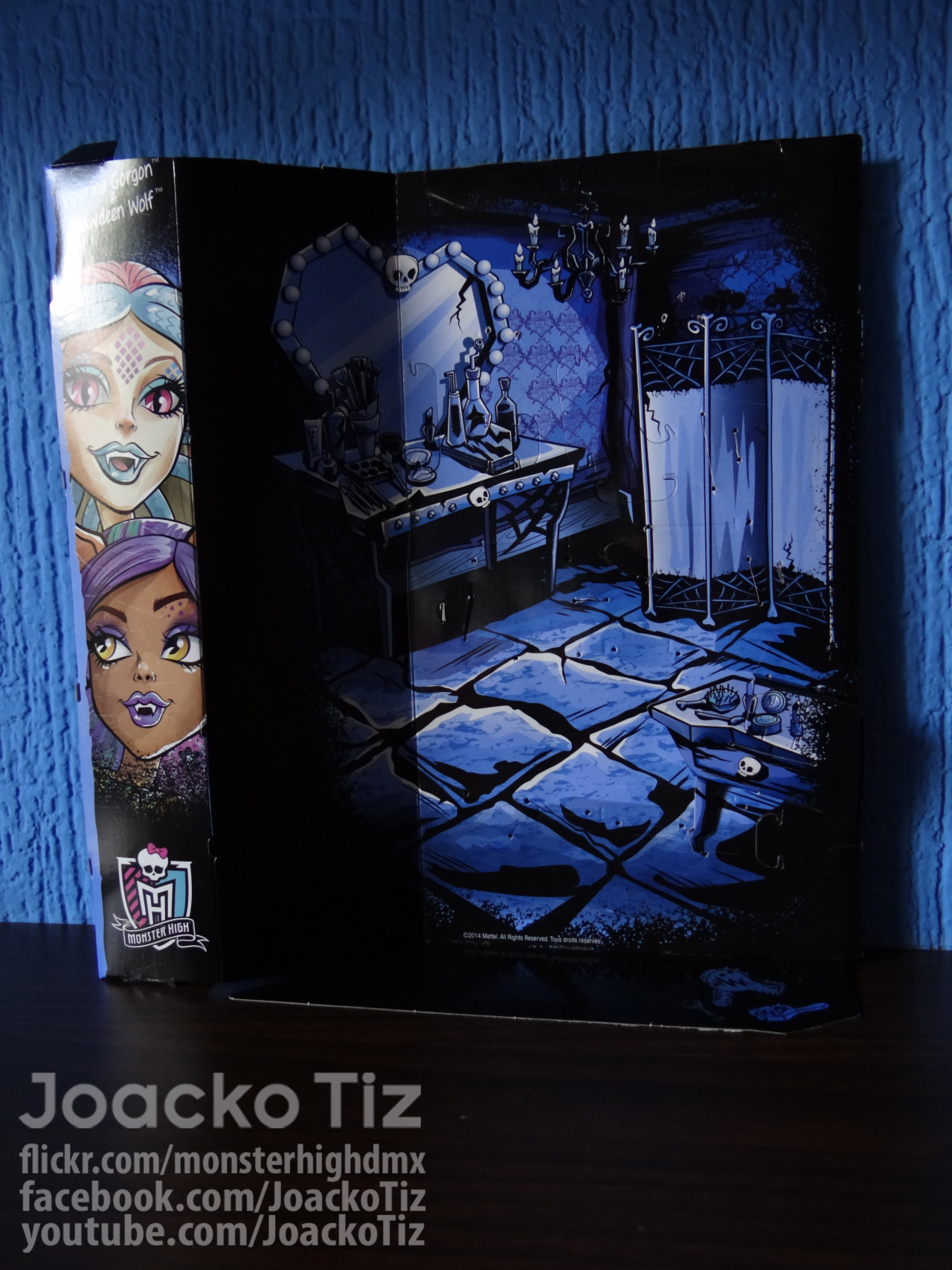 joackotiz:  Monster High 2 pack. Scare & Makeup [Viperine Gorgon & Clawdeen Wolf] Packet