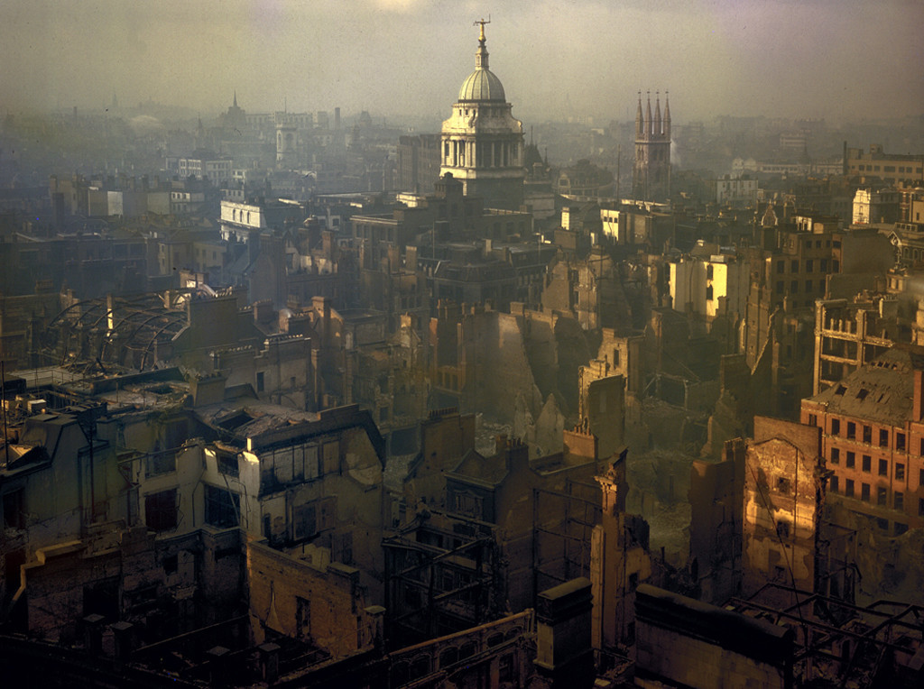 collectivehistory:  Colour photograph of the city of London after a German air raid, 1940 (via Reddit)