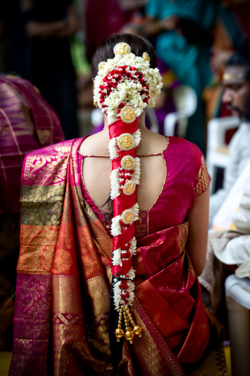 beautifulindianbrides:  Photo by:Matei Horvath