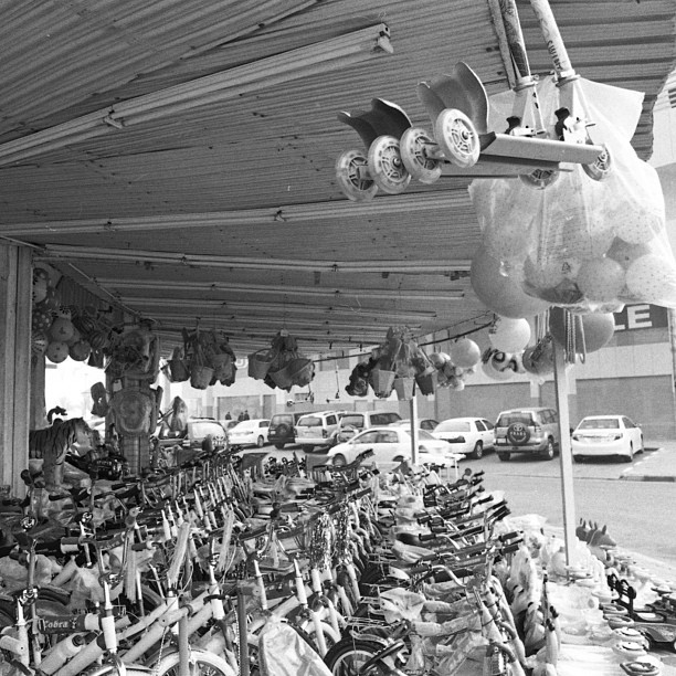 Toy Shop #kuwait #fahaheel #street #shop #toys #bike #scooter #bw #film #lomography #ladygrey #minolta