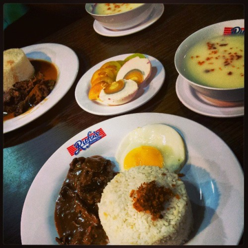 Me and my love for beef. :)  (at Rufo's Famous Tapa)